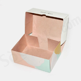 Four Corner Gift Box image