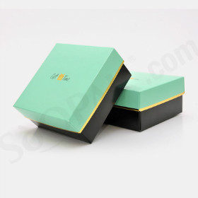 Luxury Apparel Boxes